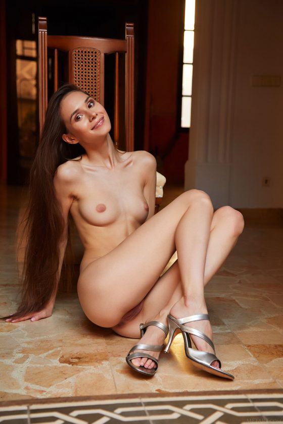 Leona Mia Nude In Prim and Proper MetArt Model Photos